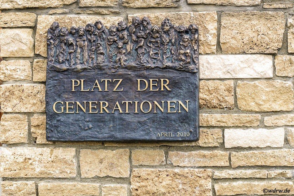 Platz der Generationen